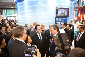 President of of Vietnam, Chiang Dai Kuang, viseted exibition stand of NRC 'Kurchatov Institute' - CRISM 'Prometey' on IMDS-2017