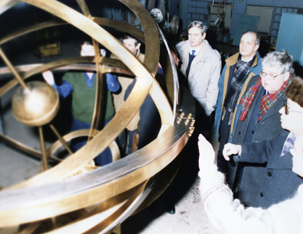 "December 28,1993 a new armillary sphere (Science symbol) with diameter of 1.5 meter developed by FSUE CRISM ""Prometey"" to its own project from its own PTZ titanium alloys with titanium nitride coating flew up under the Kunstkamera building"